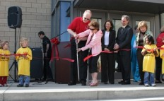Senator Maria Cantwell cuts the ribbon at the Spokane YMCA / YWCA grand opening on May 2, 2009. NDC brought NMTCs to the project financing package.